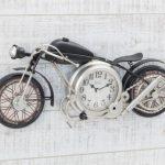 車やバイクの掛け時計おすすめ20選!自転車や部品デザインも